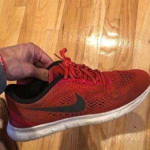 Nike Free Runs (red)